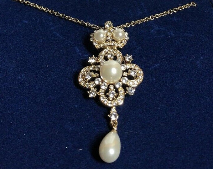RARE Jackie Kennedy Notre Dame Necklace with Pin Pendant - No. 149