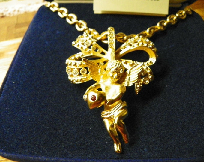 Jackie Kennedy Necklace with Cherub Pin Pendant - 208