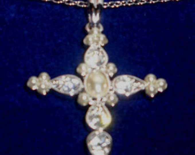 Jackie Kennedy Ethereal Cross Necklace - Silver Necklace with Stones and Pearls