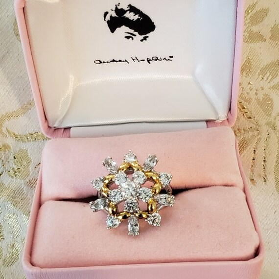 Audrey Hepburn Ring - Gold with Crystals - Size 9
