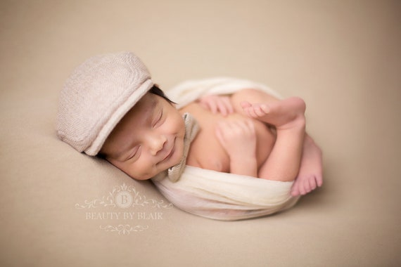 Newborn baby flat cap and bow tie set baby photo prop hat and  66a708c9ba9f