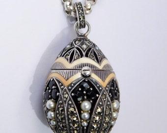 Stunning Pendant Sterling Enamel Gemstone Egg Perfume Locket