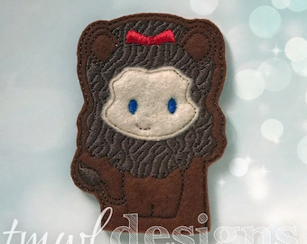 Cowardly Lion Finger Puppet Toy Digital Design File