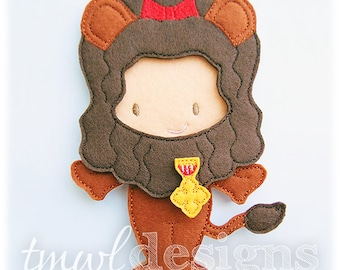 Lion Felt Paper Doll Toy Outfit Digital Design File - 5x7