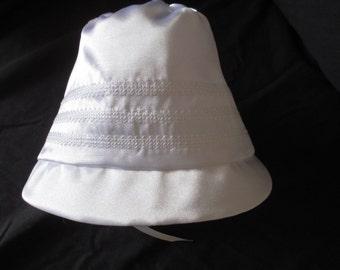 Boy/Girl  White Silk Shantung Christening/Baptism /Wedding Bonnet Size 0-24 M