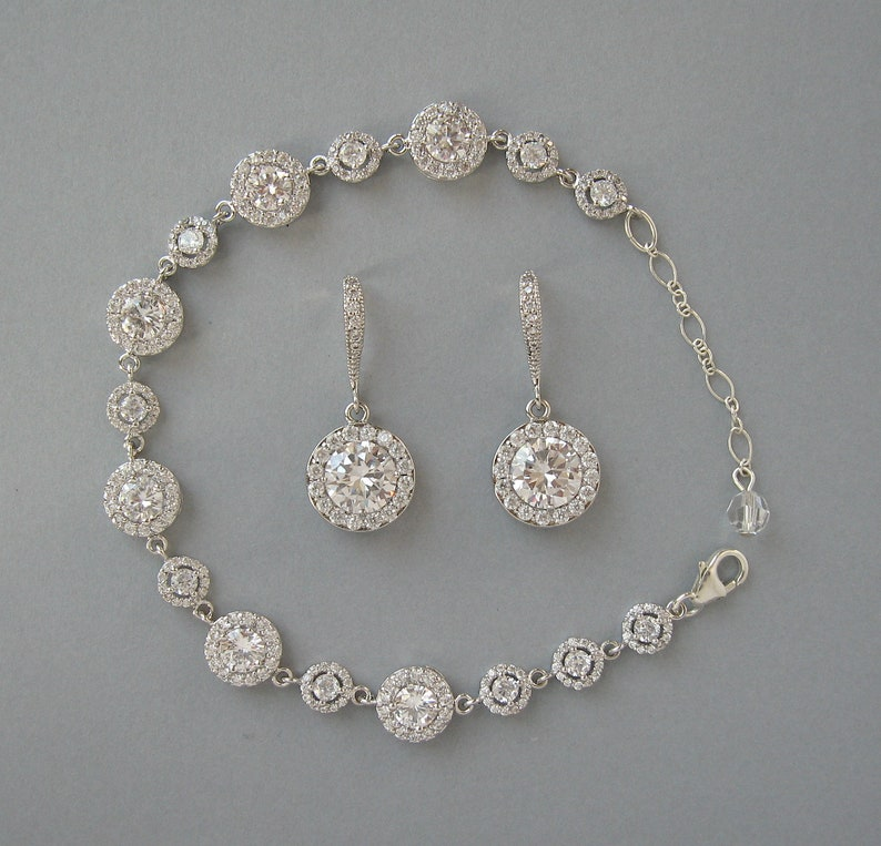 Bracelet and Earrings Set Daisy Gift For Her Bridesmaid Gift Rhodium Plated Bridal Jewelry Wedding Round Zircon Jewelry Set