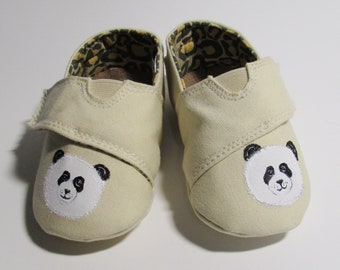 74389dcdb7d7 Panda Shoes for Baby