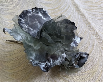 Steel Gray Velvet and Silk Blossom Cluster Millinery Flowers with Pin for Hat Fascinators Costumes Gowns Handmade European S229