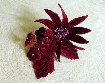 Velvet Daisy Millinery Flower with Forget Me Nots for Corsage, Brooch, Hats, Fascinators S239