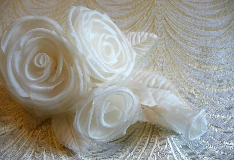 Ivory Silk Roses And Buds For Corsage Bridal Gowns Hats Etsy