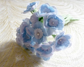 Sweet Little Primrose Old Fashioned Nosegay Bouquet Millinery Flowers Baby Blue on Fabric Stems Bunch of One Dozen 3FN0096B