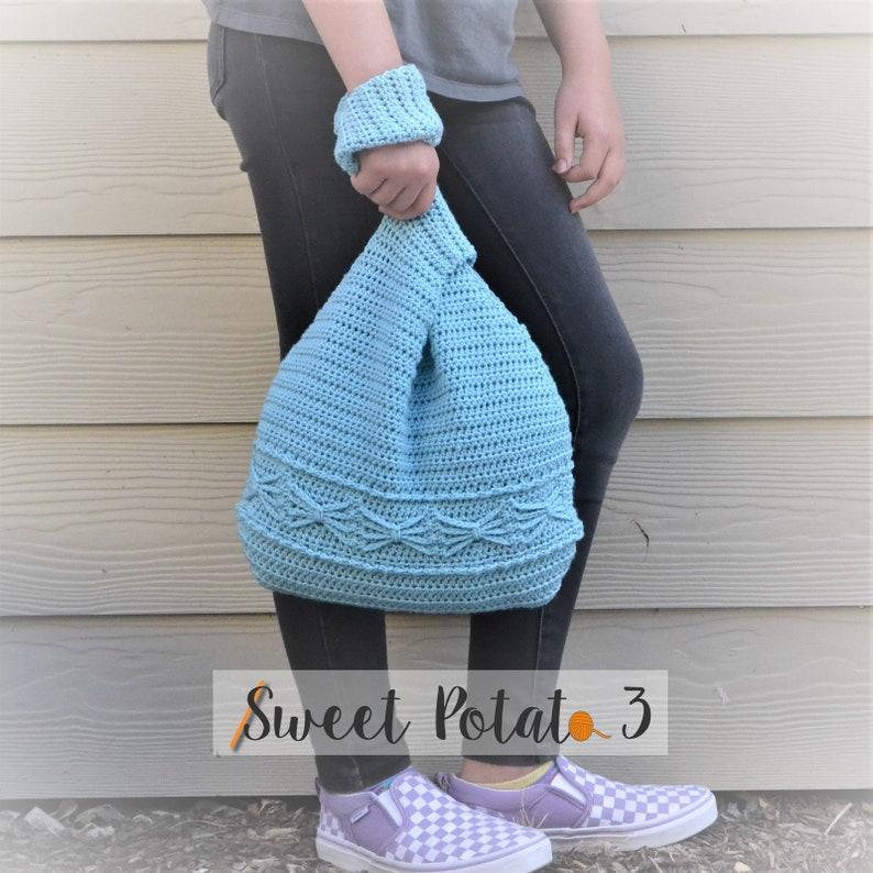 Knot Your Average Bag  Crochet Pattern image 0