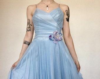 ce810e1e750 Vintage Sky Blue Maxi Floral Tulle Prom 1990s Evening Gown Bodice Women s  Retro 70s Vintage Floor Length ROBERTA Prom Dress Size 3 4
