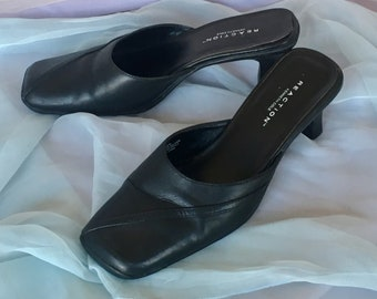 72b5fbc42f5 Vintage Minimal 90s Goth Black Leather REACTION Kenneth Cole Mini Heels  Slip On Womens Retro Boho 1990s Sandal Mule Size 9