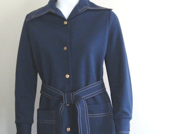 Polyester pantsuit, 1970s vintage leisure suit with topstitching, navy blue, Ciago, USA, size small
