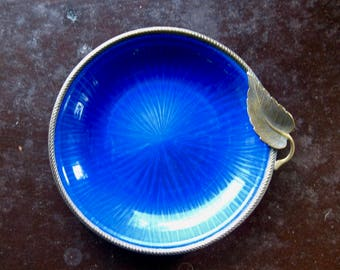 Evans Enamel Dish, Plate with Bronze Leaf Accent, Mid Century Vintage, Vivid Blue, FREE SHIPPING