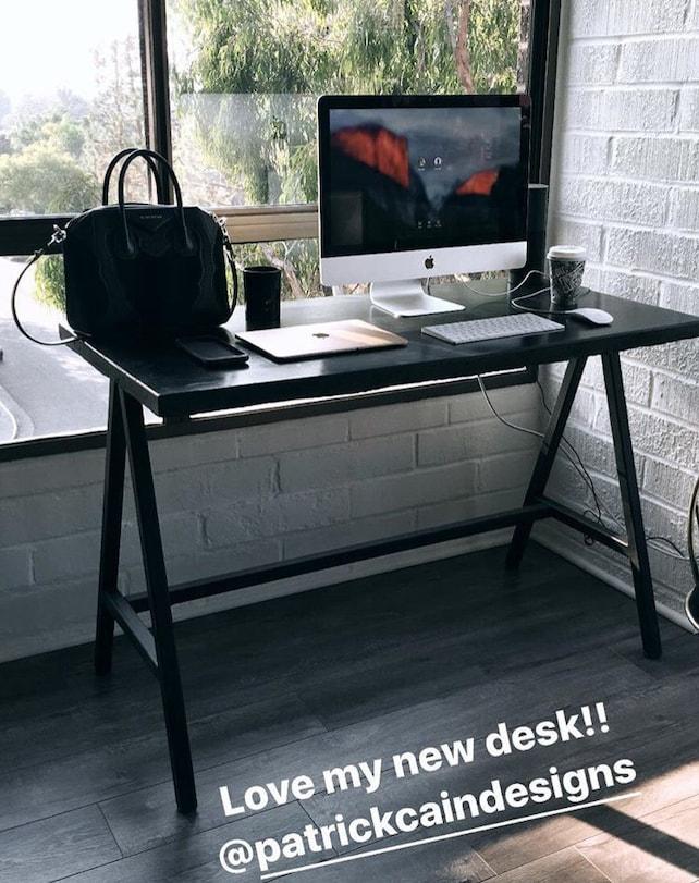 Modern Concrete Desk / Computer Desk Minimal. Minimalist Desk Minimal Office  Furniture Computer Table Work Office Desk #pcd4