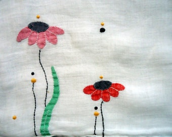 Handkerchief with Appliqued Daisy in Pinks and Greens