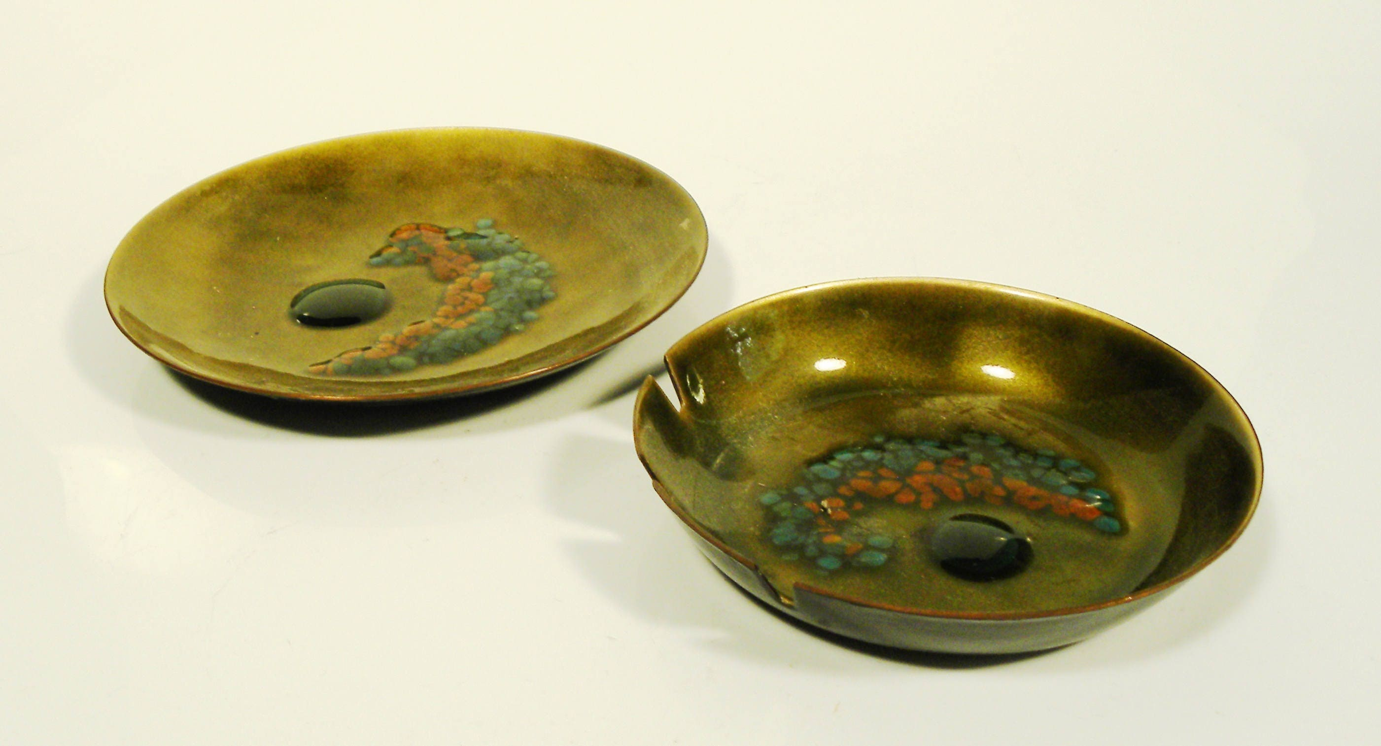 Vintage 1950s Handcrafted Bovano of Cheshire CT Enamel Small