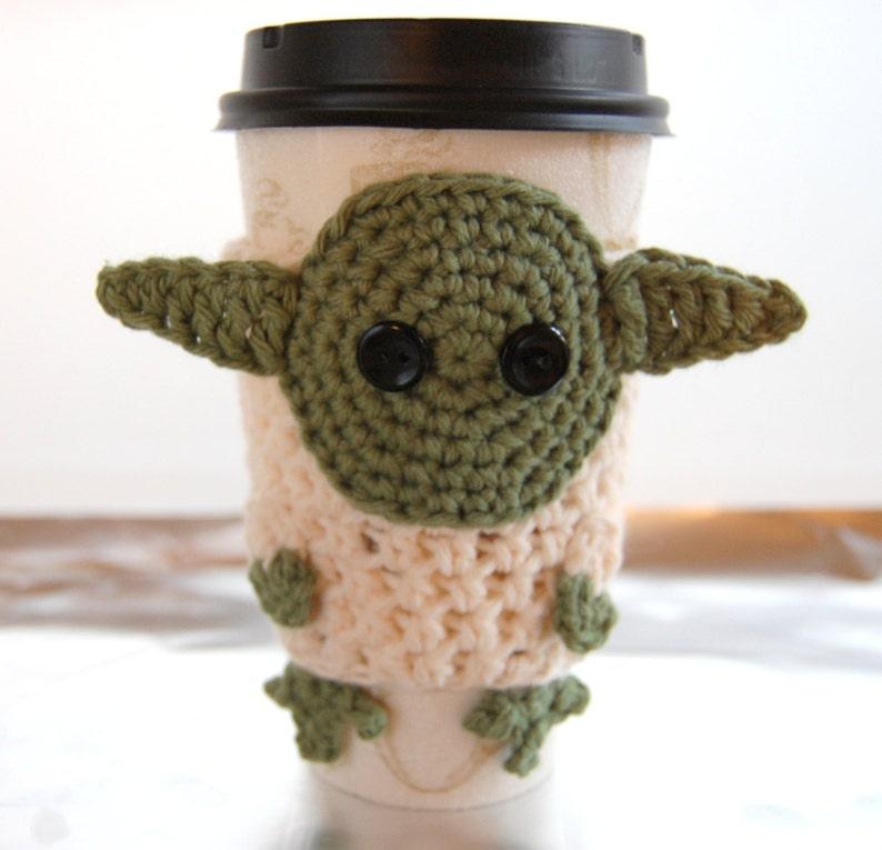 Crochet Yoda Cozy  Yoda Cup Sleeve  Star Wars Cozy  Star image 0