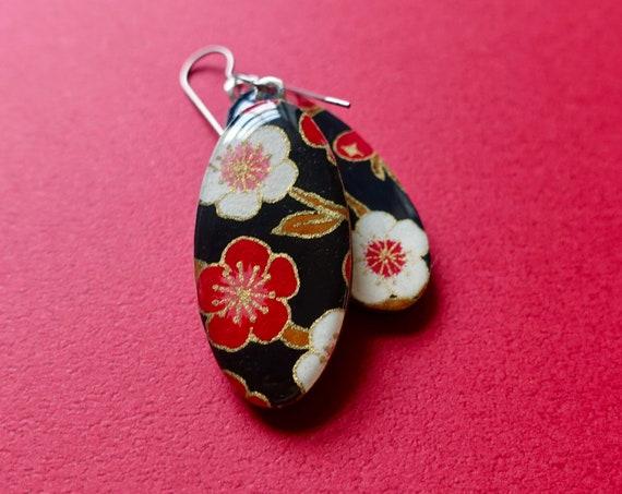 Black earrings, floral earrings, red earrings, Japanese paper earrings, Japan inspired, chiyogami, lightweight earrings, hypoallergenic