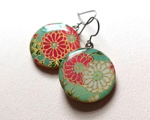 Pastel earrings, Pastel jewelry, flower earrings, flower jewelry, Japanese paper earrings, chiyogami earrings, washi earrings, lightweight