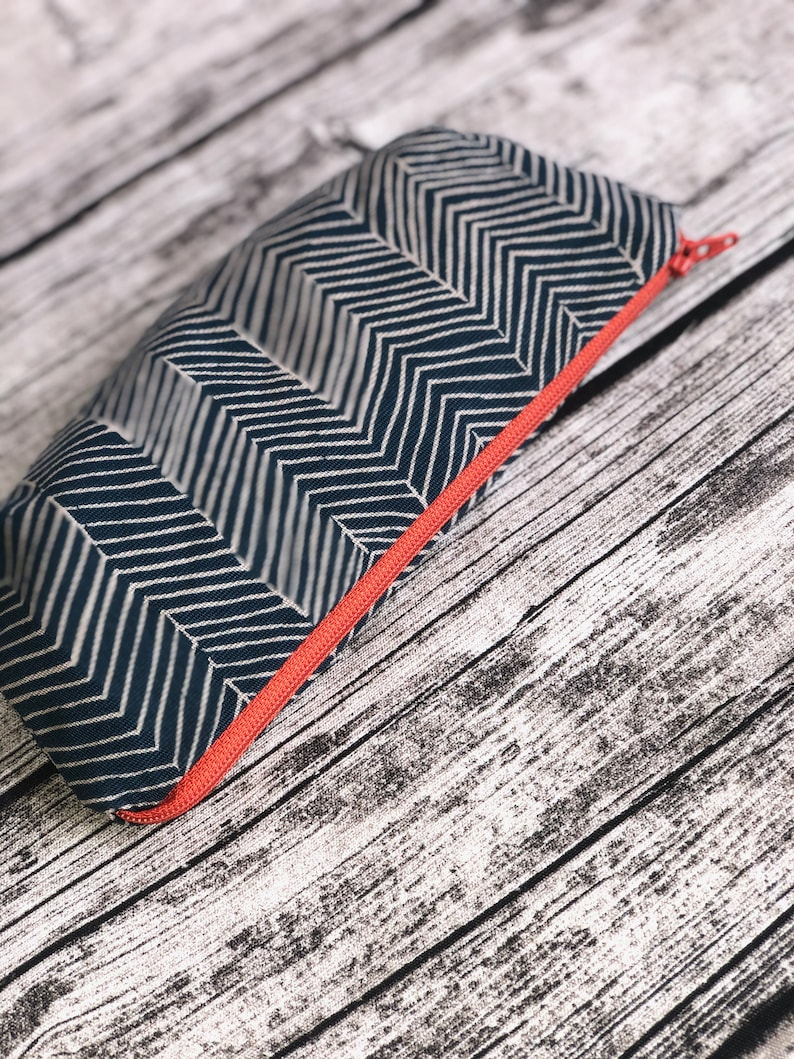 Stuff bag crochet needle bag pencil case stripes blue / image 0
