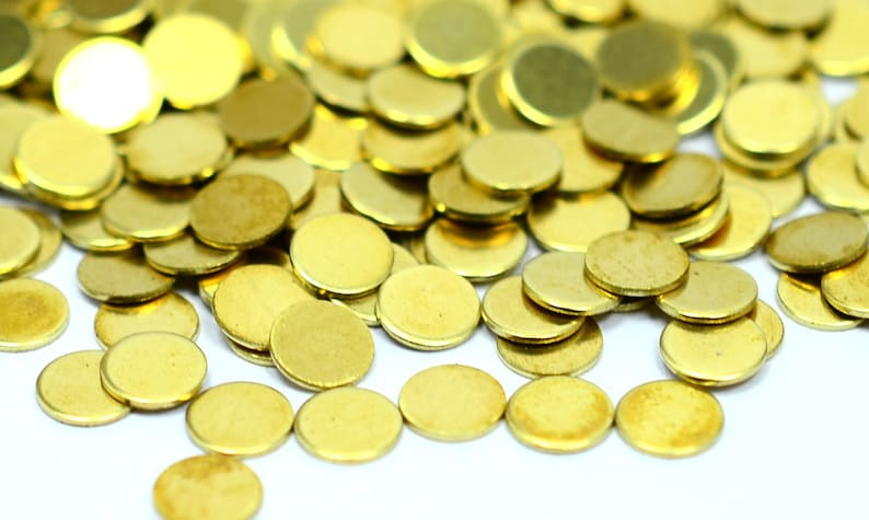 0.45 mm - 25 Gauge 300 Pieces Raw Brass 4.5 mm Round No Hole Disc Findings