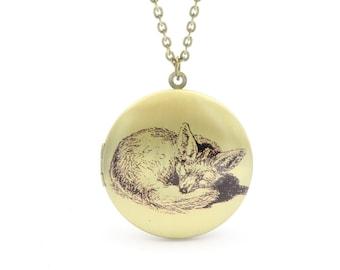 Hibernation fox amulet necklace 60 cm bronze