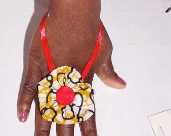 Ring to twine, glove fashion, for bridesmaid and chic women