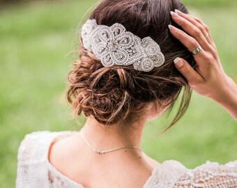 Vintage Looking Pearl// Rhinestone, Very Romantic Vintage Loking Hairpiece, Customizable Size