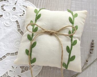 Wedding bearer pillow, Rustic ring pillow, Ivory wedding pillow, Boho ring cushion, Green leaves pillow, Wedding decoration, Bridal party