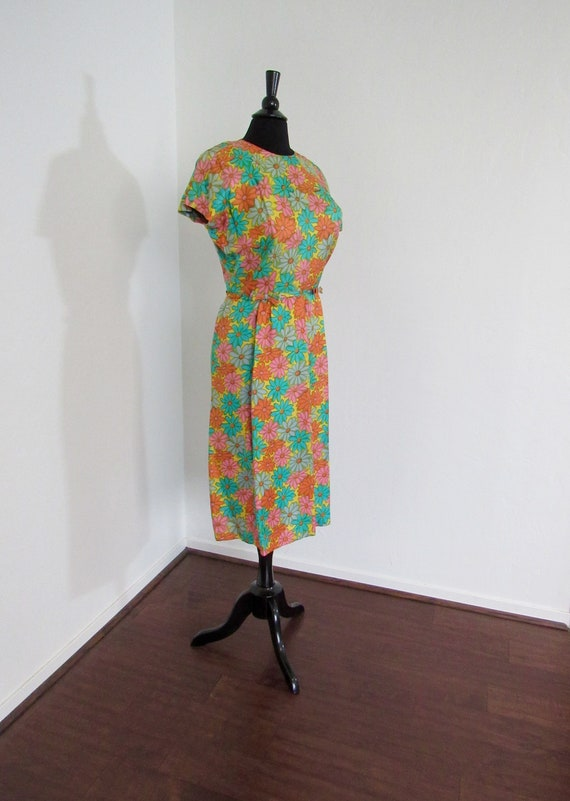 1960s Multicolor Daisy Print Rayon Wiggle Dress wi