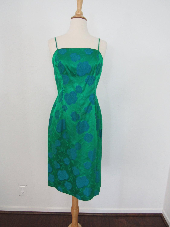 ann es 1960 vert meraude et bleu brocart satin robe avec. Black Bedroom Furniture Sets. Home Design Ideas