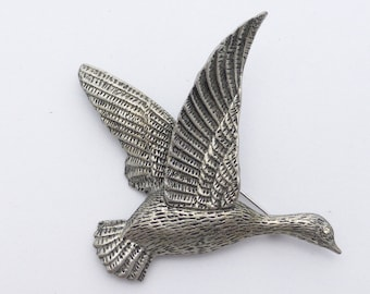 Hobe brooch Flying duck or goose in antique silver tone AJ20