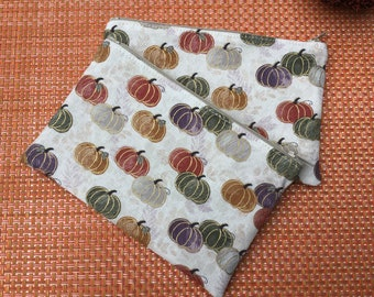 Cotton Fall Print Pouch Lined