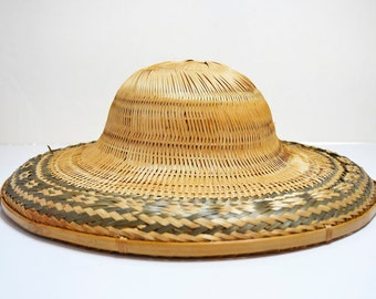 be81f7746 Vintage Chinese Vietnamese Asian Bamboo Straw Cone Conical Coolie Rice Paddy  Farmer Hat, Vintage Chinese Straw Hat Coolie Hat, Asian