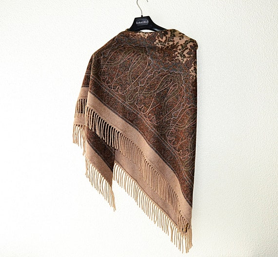 Authentic LORO PIANA Shawl, fringed piana parrot,