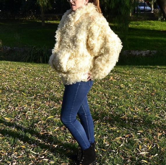 lamb coat, curly lamb fur coat, 1980s Donkey jack… - image 4