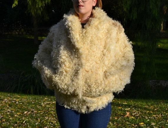 lamb coat, curly lamb fur coat, 1980s Donkey jack… - image 3