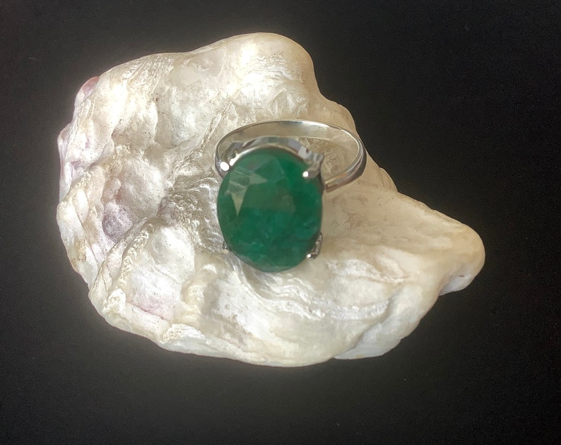 Classic Four Claw Sterling Setting Natural Faceted Zambian May Birthstone RTS US Size 8-8 14 Emerald Ring 18mm x 15mm Oval Engagement