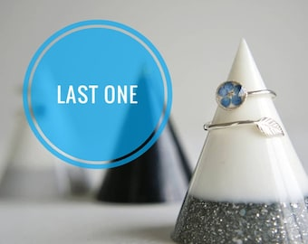 3d060a467b Real Forget Me Not Ring. Myosotis Ring. Flower Ring. Sterling Silver  Feather Ring. Free UK Post