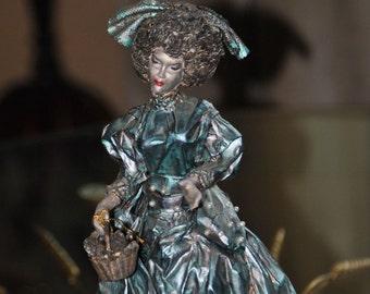Silver Blue Lady Vintage