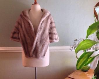50s Faux Fur Shrug Regina Glenara by Glenoit Rose / Blush Pink Floral Lined