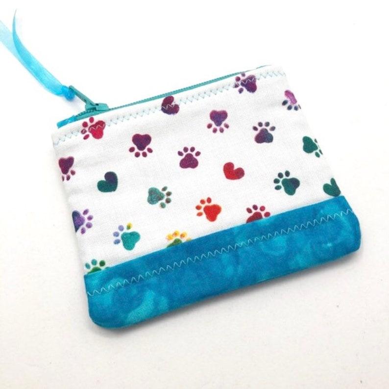 Quilted Zipper Pouch Paw Print Fabric Zipper Coin Purse Small Handmade Bag