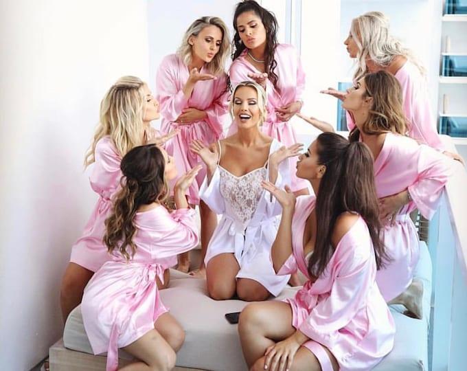 Bridesmaid Robes, Set of 5, Satin Robes, Bridesmaids Gifts, Wedding Party, Monogrammed Bridal Party Robes, Silk Bridesmaid Robes