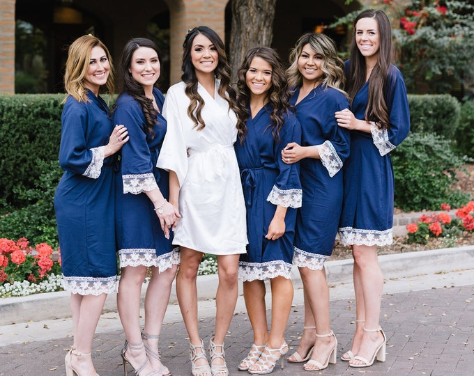 Cotton Robes with Lace, Set of 7, Bridesmaid Robes, Embroidered Cotton Robes, Monogrammed Robes, Cotton Robe, Lace Trim, Wedding Gifts