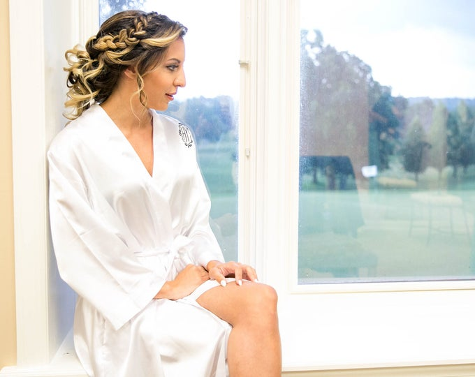 Bridesmaid Robe, Satin Bridal Robe, 1, Monogrammed, Embroidered, Bridesmaid Gift, Wedding Party, Bridal Party Robes, Flower Girl Robe,