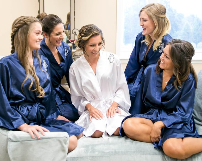 Bridesmaid Robes, Set of 3, Satin Robes, Bridesmaids Gifts, Wedding Party, Monogrammed Bridal Party Robes, Silk Bridesmaid Robes, Silk Robe