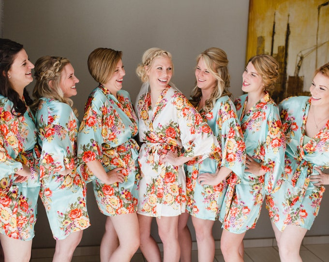 Floral Robes, Set of 8, Floral Satin Robe, Silk Floral Robes, Bridesmaids Gifts, Wedding Party, Bridal Party Robes, Silk Bridesmaids Robe